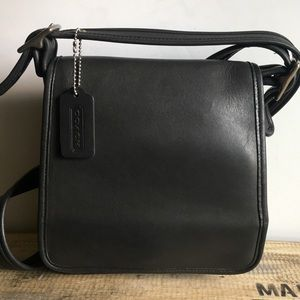 Coach vintage black leather Crossbody bag